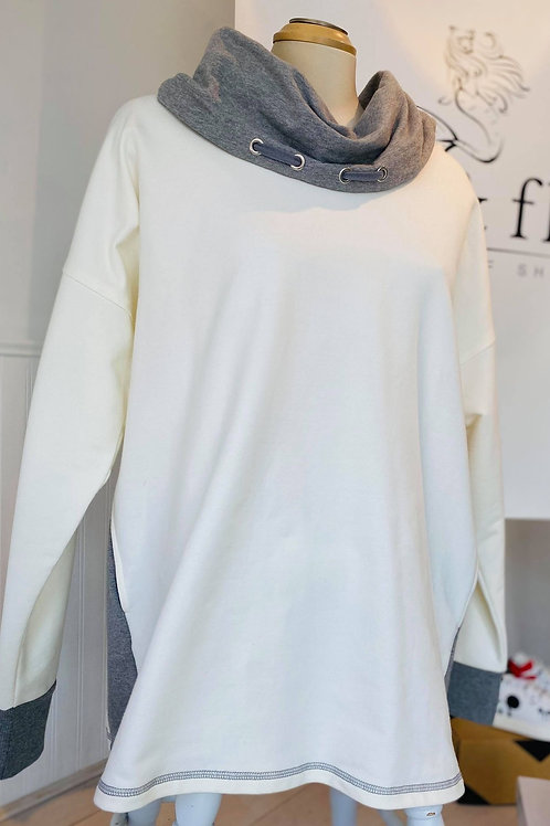 Cream & Grey Cowl Cotton Two Pocket Pullover