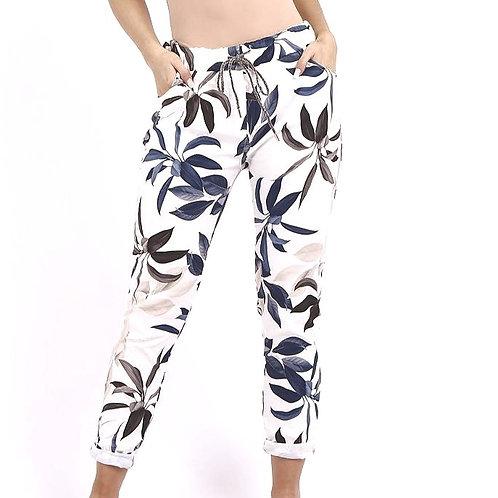 Leaf Print Comfort Pant