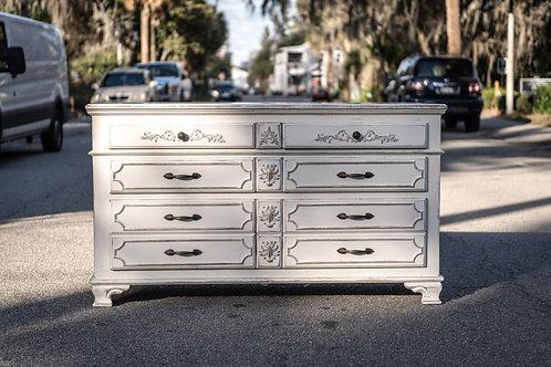 Angelina Dresser