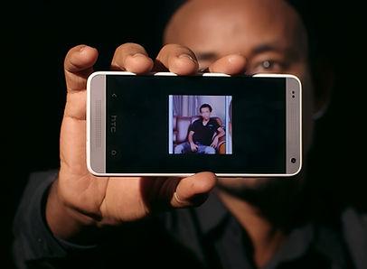 AregaiCellPhone.jpg