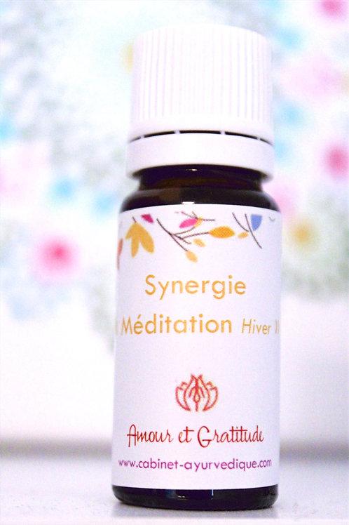 "Synergie ""Méditation Hiver"" : Amyris, Encens, Basilic sacré, Bergamotte..."
