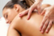 massage manuel relaxant au cabinet ayurvedique