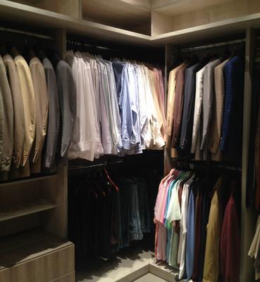espinosa closet master 5.JPG