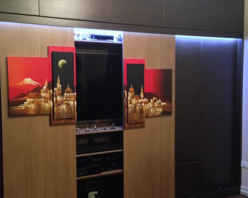 carranco r closet 2.JPG