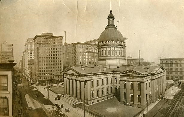 The Old Court House, ca. 1920. #STLPRS #seeAghost #oldSTL #AllThingsLemp
