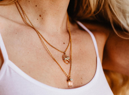Amuletos e talismãs na bijuteria