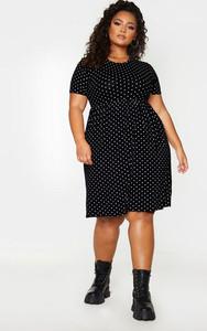 Modelo plus size de vestido