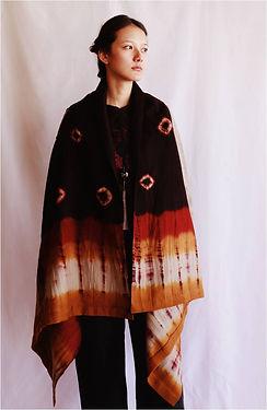 Thikma tie-dye cape
