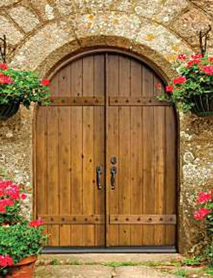 We offer arched top hardwood doors at very competitive prices.