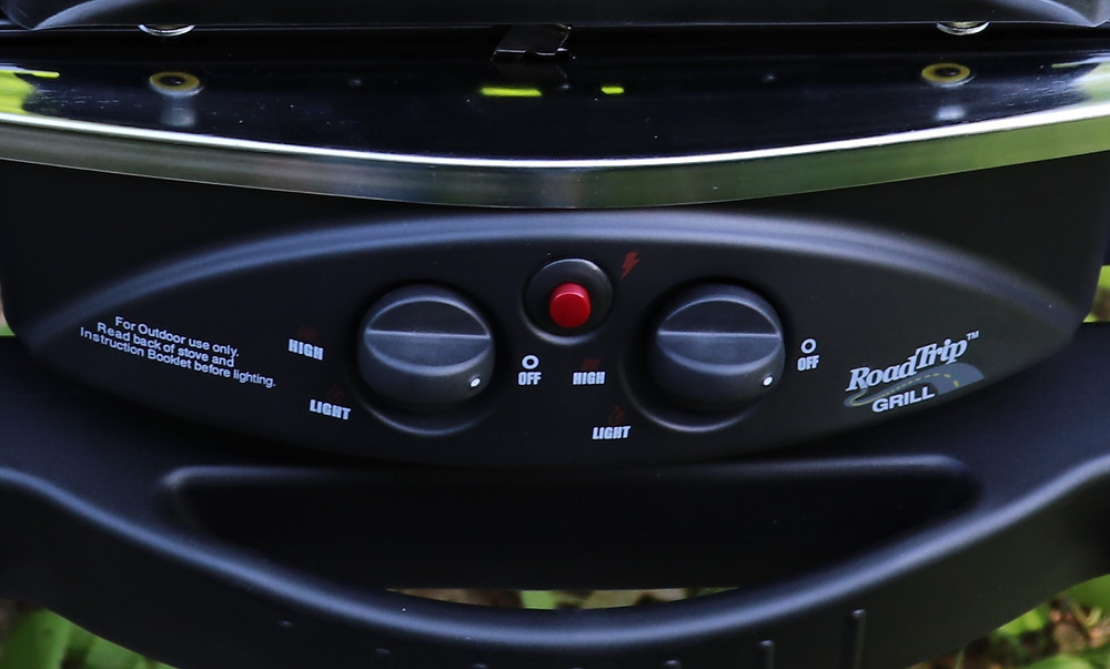 Coleman RoadTrip Grill controls