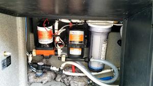 SEAFLO RV Water Pump and Accumulator Tank