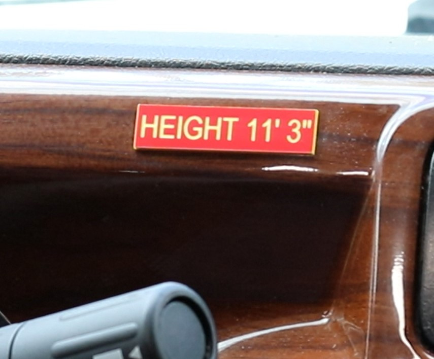 RV height label nameplate