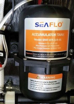 SEAFLO Accumulator Tank