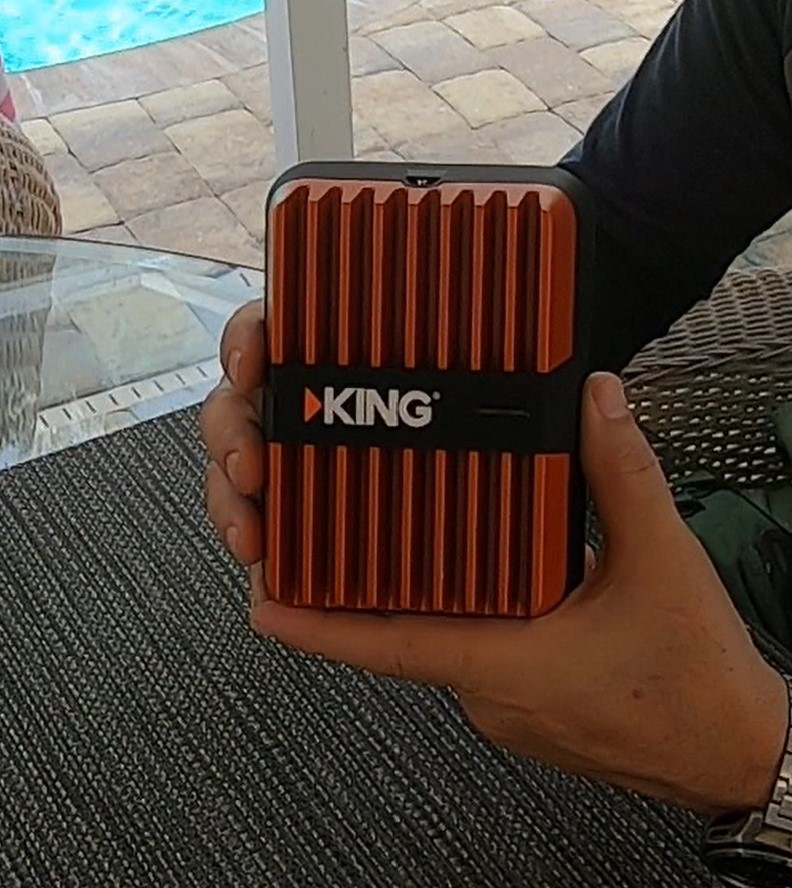 King Extend Go Multi-use Portable Cell Booster KX3000