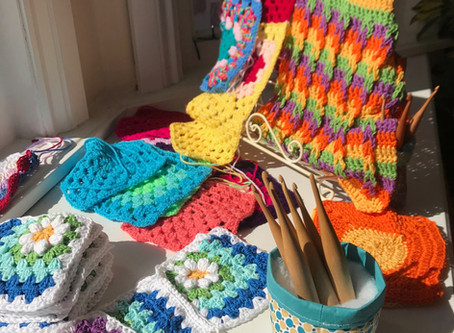 Come and crochet!