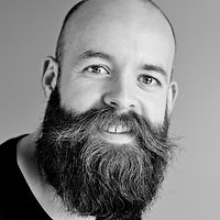 beard-black-and-white-casual-842980.jpg