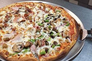 Broadway pizzeria wood fired pizza oven mushroom green pepper pizza