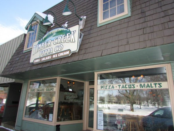 Timber Creek Pizza Co Front of Restaurant