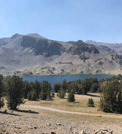 Leavitt Lake - Jeep Road & Hike