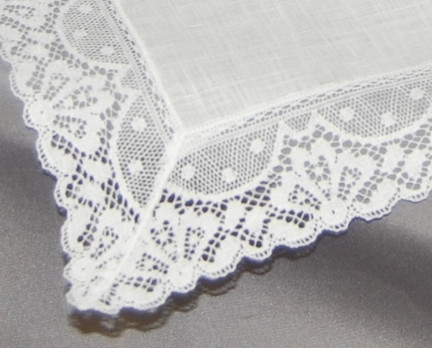 Fine Irish Linen Trimmed In 1 5 White Lace Ideal As A Wedding Keepsake Mother Of The Bride For Hand Or Machine Embroidery