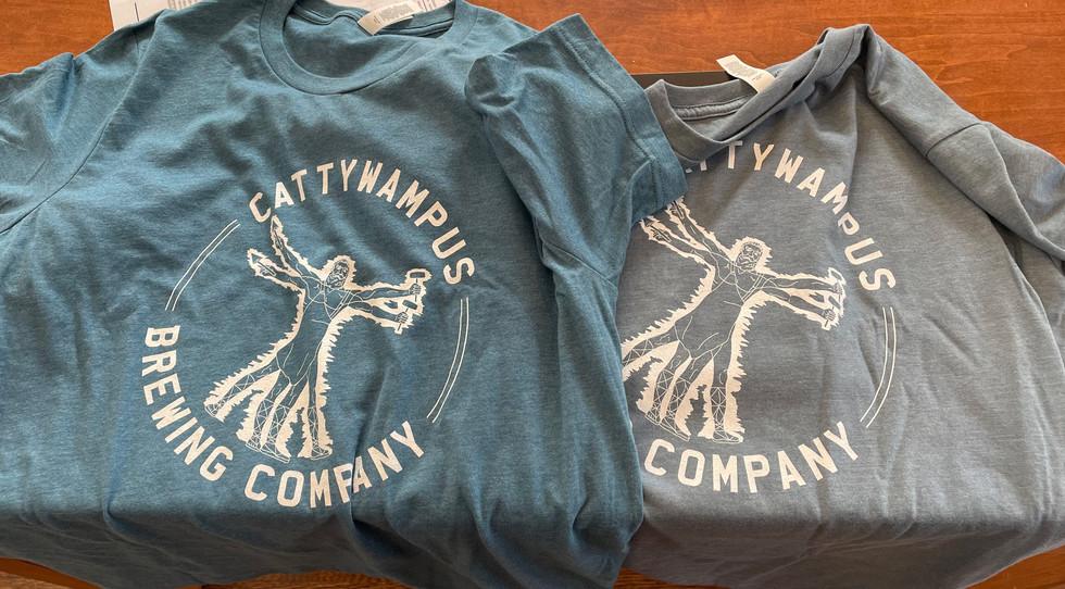 Tshirt with logo, front Freelance design, 2020