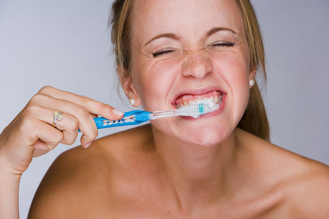 #Brush like a Dentist