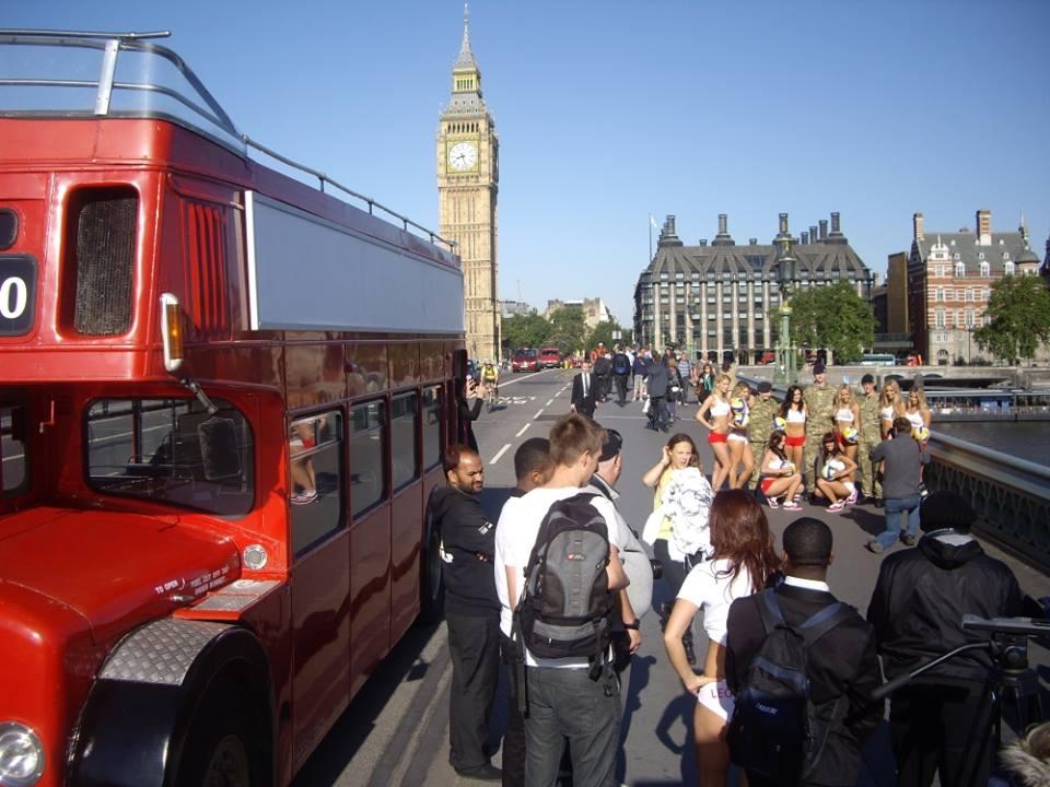ロンドンバス london