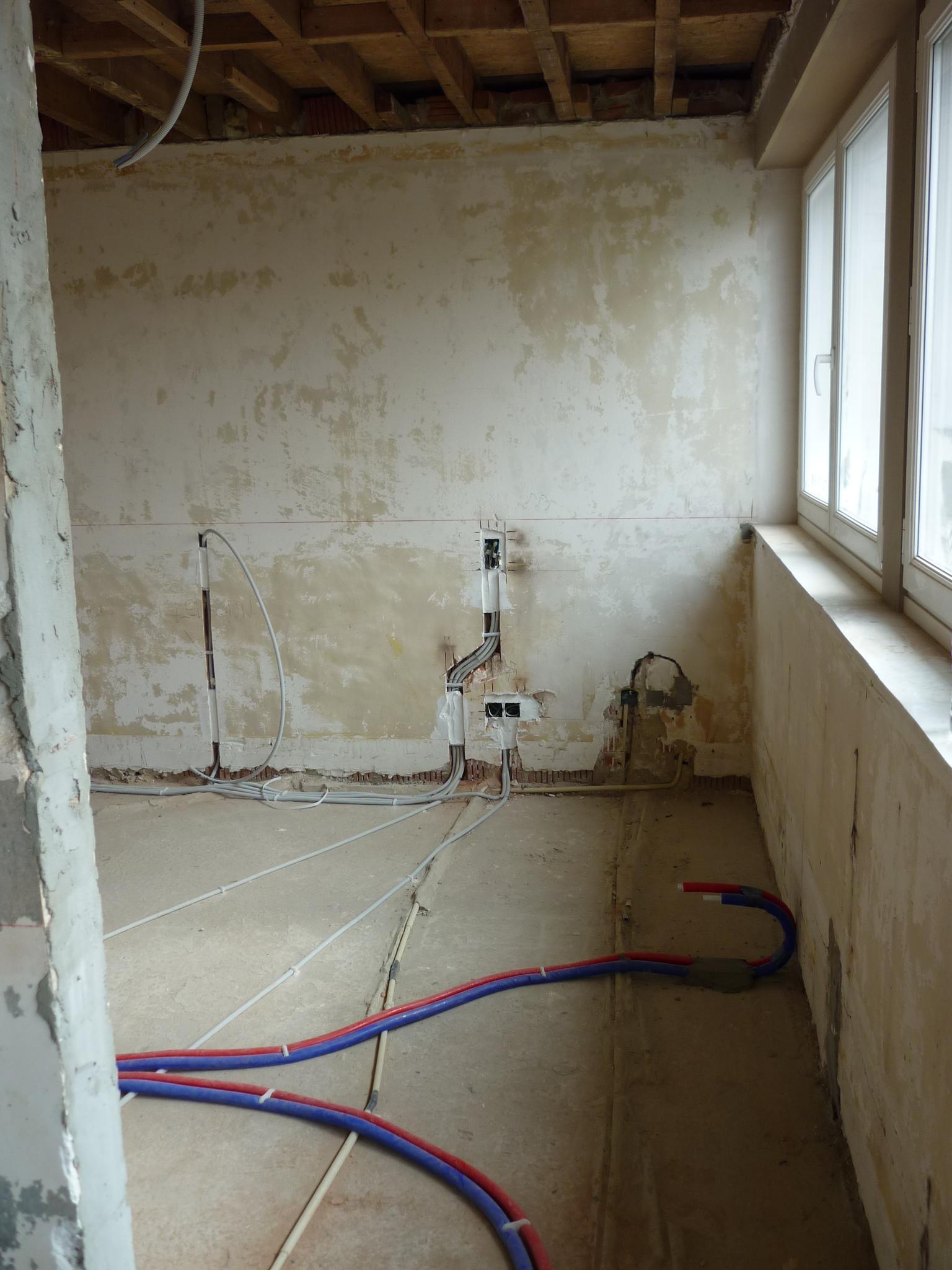 Nieuwe leidingen technische installaties