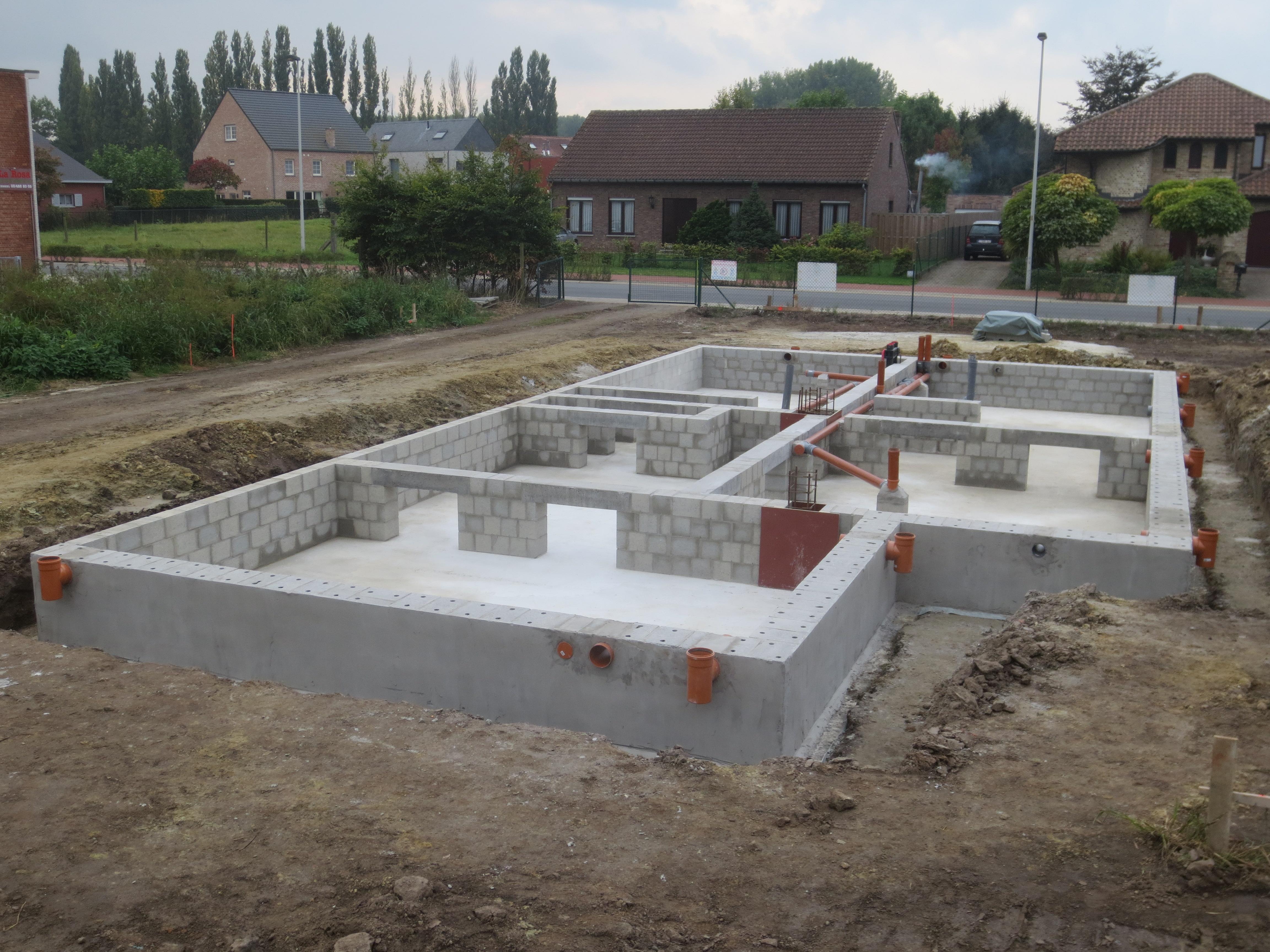 Kruipkelder en rioleringen klaar