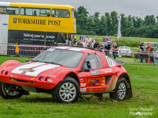 Excitement at The Yorkshire Post Classic Car Show at Castle Howard