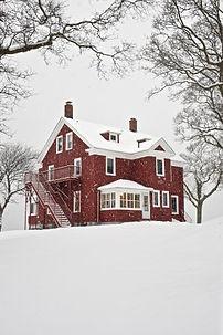 benson-house-in-winter (1).jpg