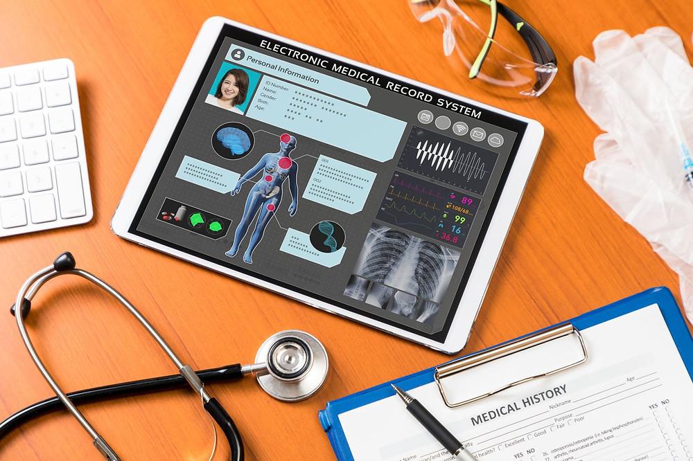 Poderá a Tokenização dos dados de saúde revolucionar o futuro da indústria? De acordo com os dados da PwC, em 2020, o mercado de saúde conectado deverá valer 61 mil milhões de dólares em todo o mundo. Um outro relatório da Transparency Market Research sugere que até 2025, o mercado global de saúde digital atingirá os 537 mil milhões de dólares.