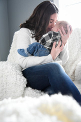 Lifestyle sessions make for the pefect newborn shoot. You and your love do not have to leave the comfort of home! let me come to you.