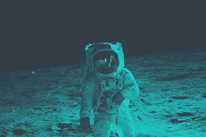 Moon-Landing-green.png