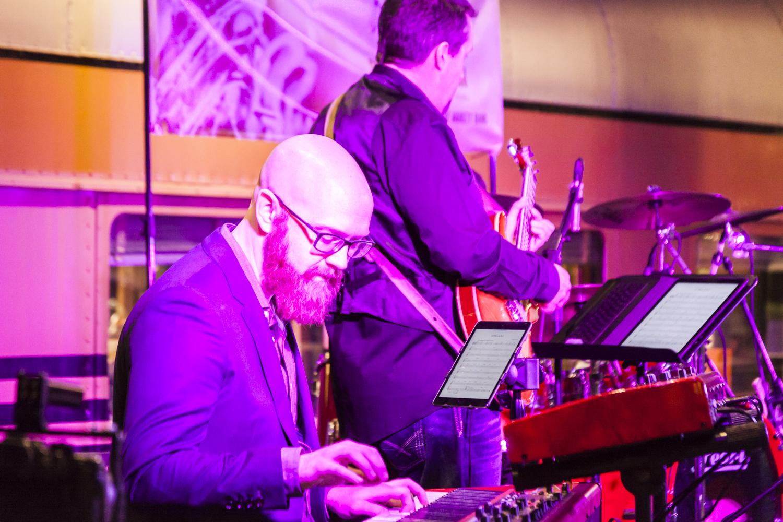 Ryan Skiles - keys extraordinaire!