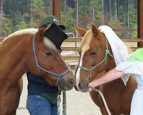 Peanut and Carmen kissing.jpg