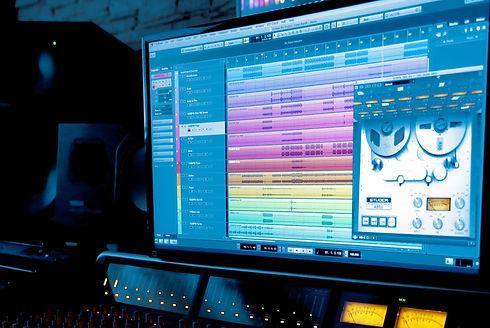 Music%20Equipment%20_edited.jpg