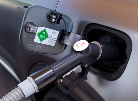 Hydrogen vs EVs, Which One Is the Way of the Future?