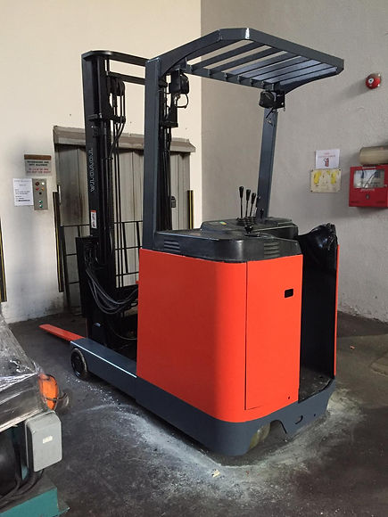 Forklift paint refurbishing