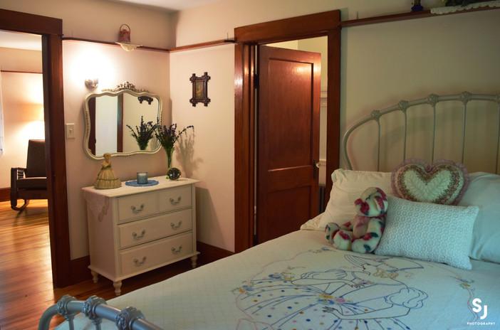 bedroom-copy.jpg