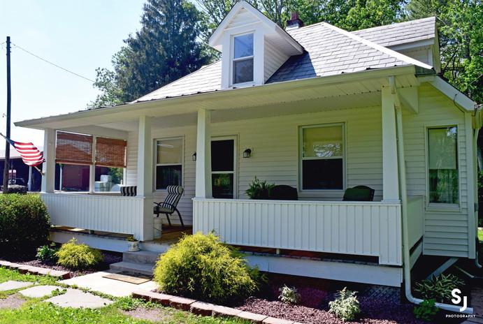 cottagefront-copy.jpg