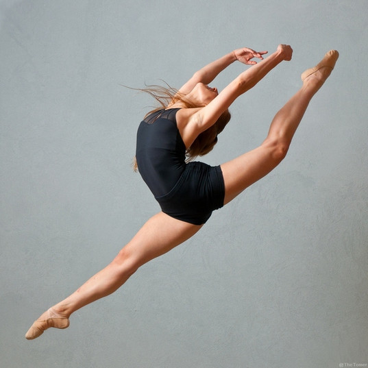 tomer_dancer_07.jpg