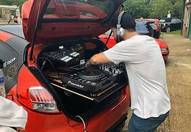 DJ CAR MEETS .png