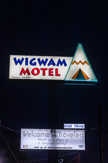 Wigwam Motel Sign