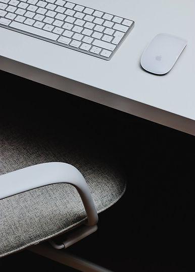 desk_dark_web.jpg