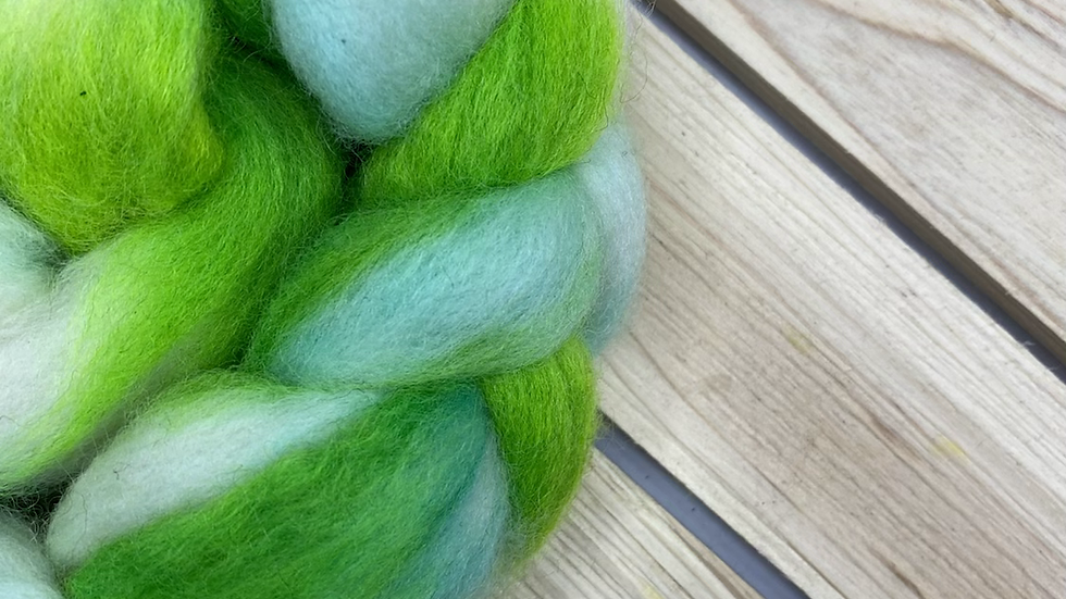Electric Moss Clouds Merino Roving