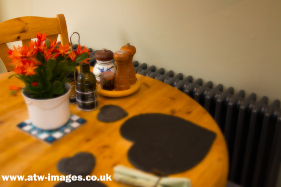 radiator table and chairs 2.jpg