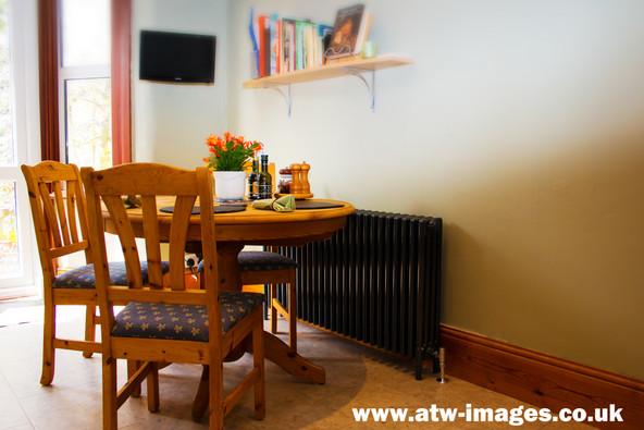 radiator table and chairs.jpg