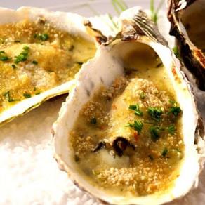 Huîtres gratinées à l'hydromel, au miel et aux échalotes confites