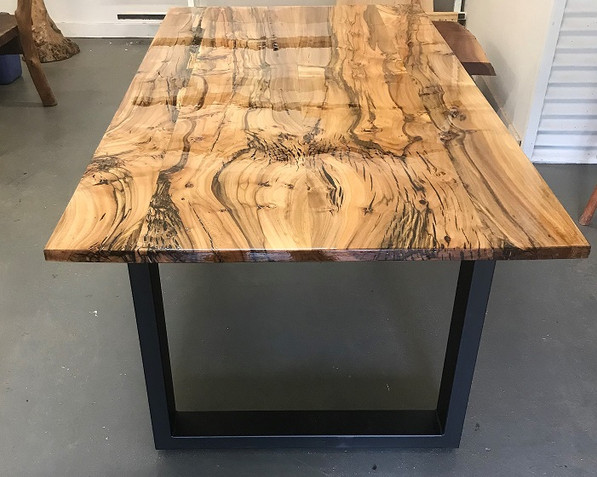 peppercorn table.jpg